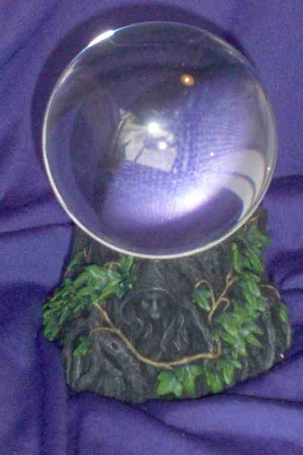 GC - MAIDEN MOTHER CRONE - CRYSTAL BALL & STAND