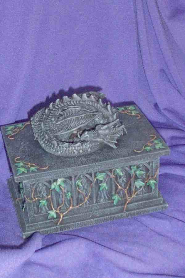 GC - DRAGON CASKET
