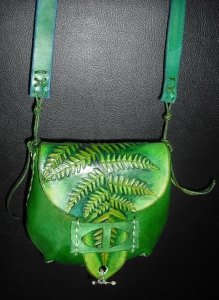 GREEN LEATHER SHOULDER BAG WITH FERN DETAIL